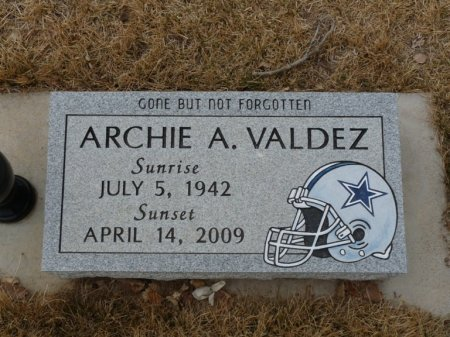 VALDEZ, ARCHIE A - Colfax County, New Mexico | ARCHIE A VALDEZ - New Mexico Gravestone Photos